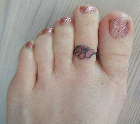 toe ring tattoos designs